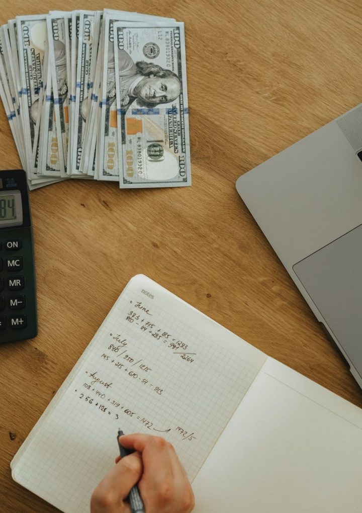 8 Ways DIY Accounting Costs More Than It Saves